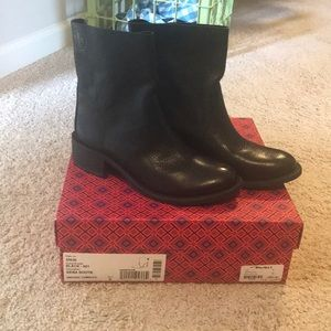 NEW Tory Burch black Siena bootie 6